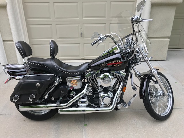1999 Harley Davidson Dyna Wide Glide - Valve and Piston